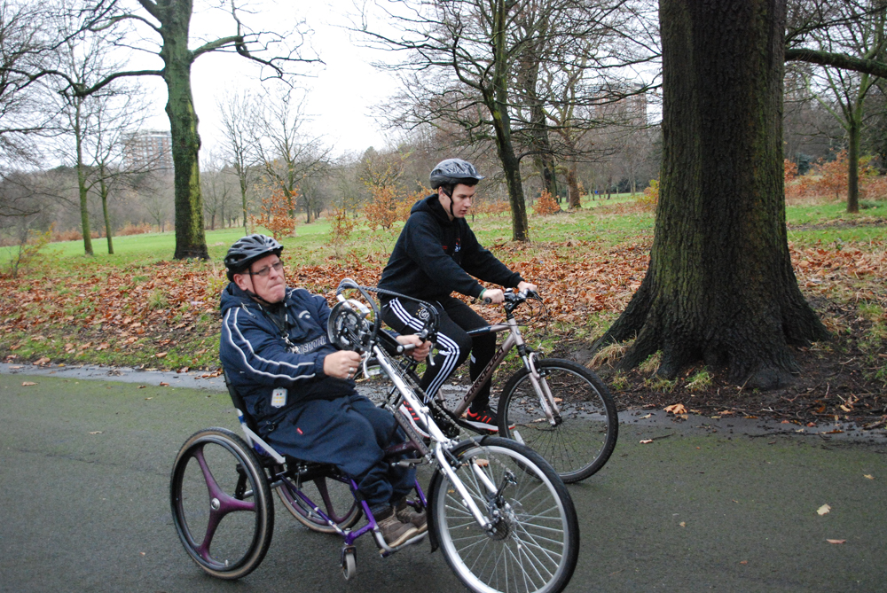 Handcycling in Sefton Park