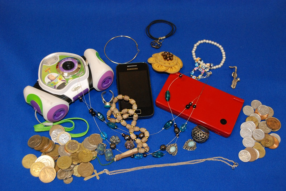 unwanted jewellery, old technology, coins wanted by Greenbank for recycling